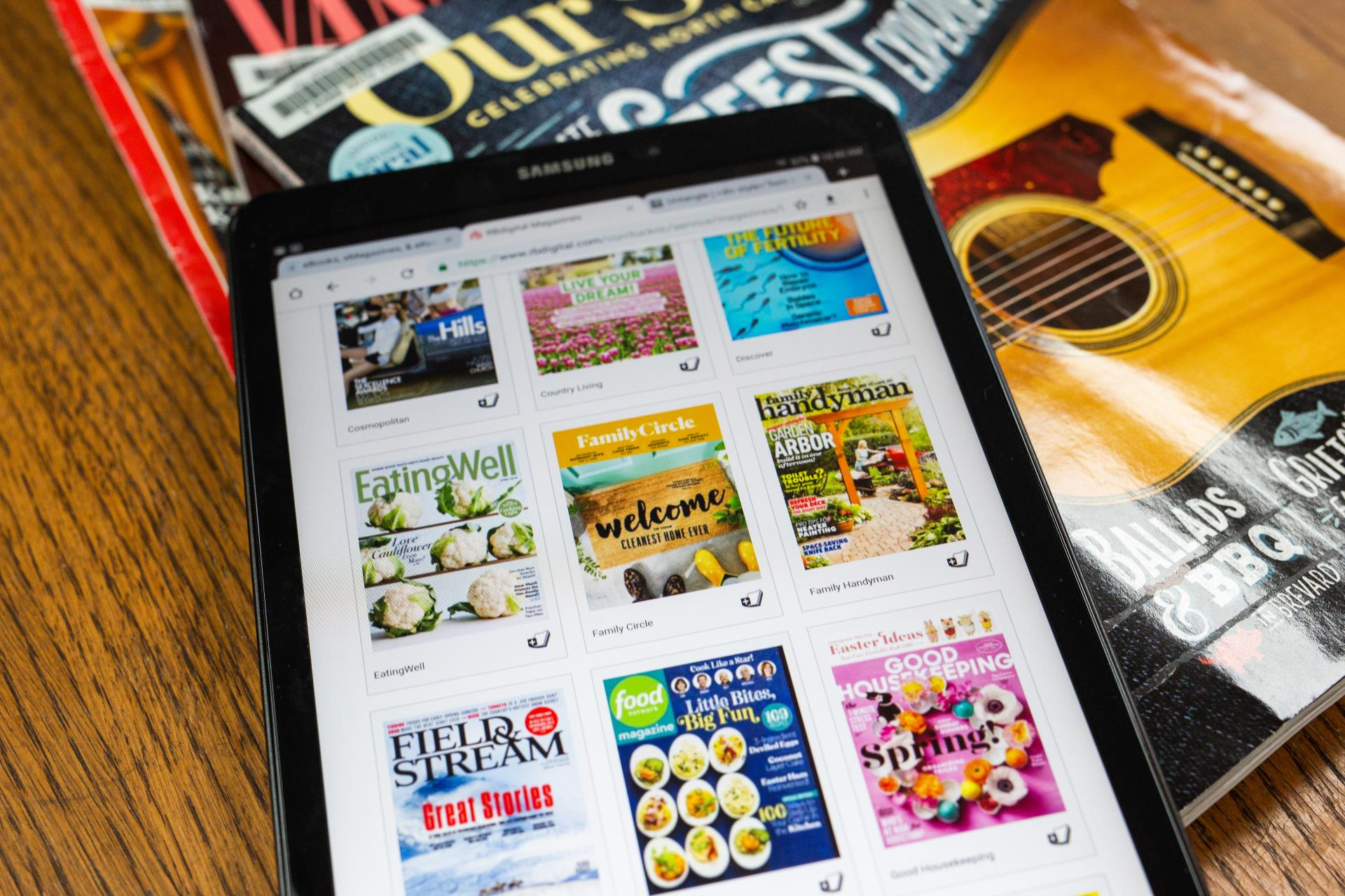 Ipad with Emagazines